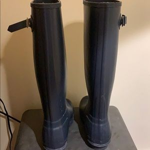 Blue Hunter Boots size 8 with socks